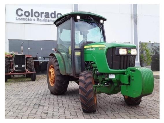 Tractor John Deere 5075Ef Cabina E Rojo - Año 2018